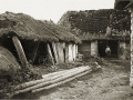 Bauerngehöft mit Strohdach erbaut vor 1830